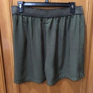 Pants - ♦️NWT♦️LYS Pull on Olive Green Dress Shorts